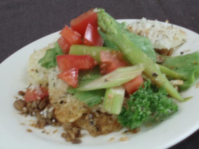 ポテトのトルティーノ・季節の野菜添え
